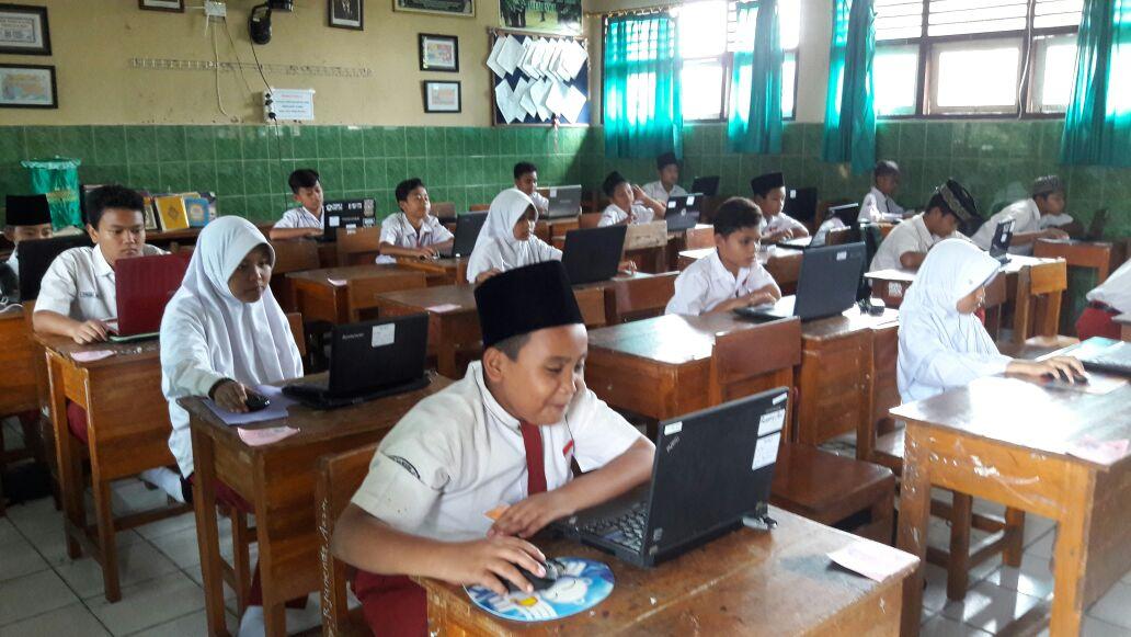 Pelaksanaan UAMBD Berbasis Komputer di MIN 2 Kota Madiun