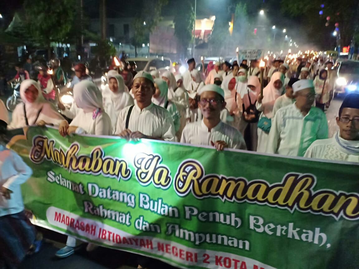 MIN 2 Kota Madiun Berpartisipasi dalam Pawai Obor Menyambut Ramadhan 1439 H