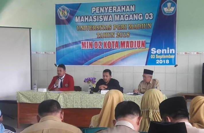 Penyerahan 15 Mahasiswa Magang 3 UNIPMA di MIN 2 Kota Madiun