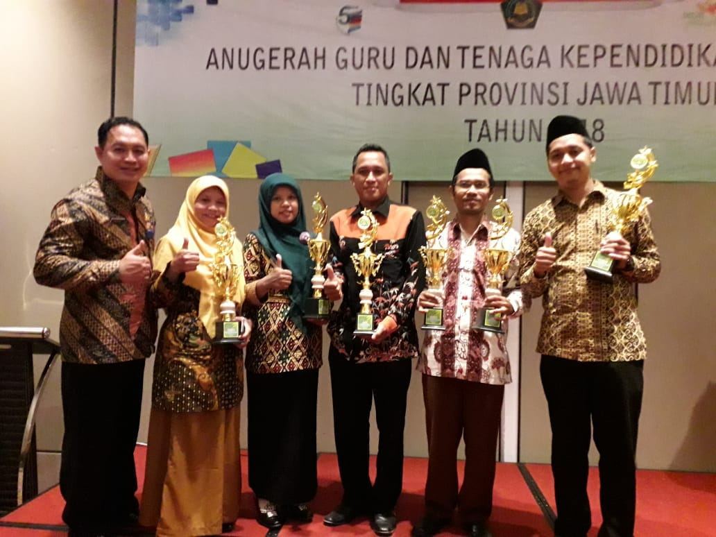 Sunarwan, S.Pd.I, M.Pd.I Guru MIN 2 Kota Madiun Juara 2 Anugerah Guru dan Anugerah Konstitusi Tingkat  Provinsi Jawa  Timur
