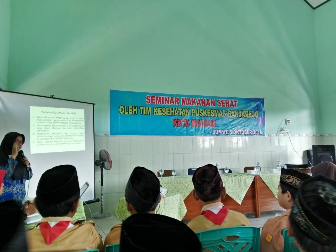 Seminar Makanan Sehat MIN 2 Kota Madiun