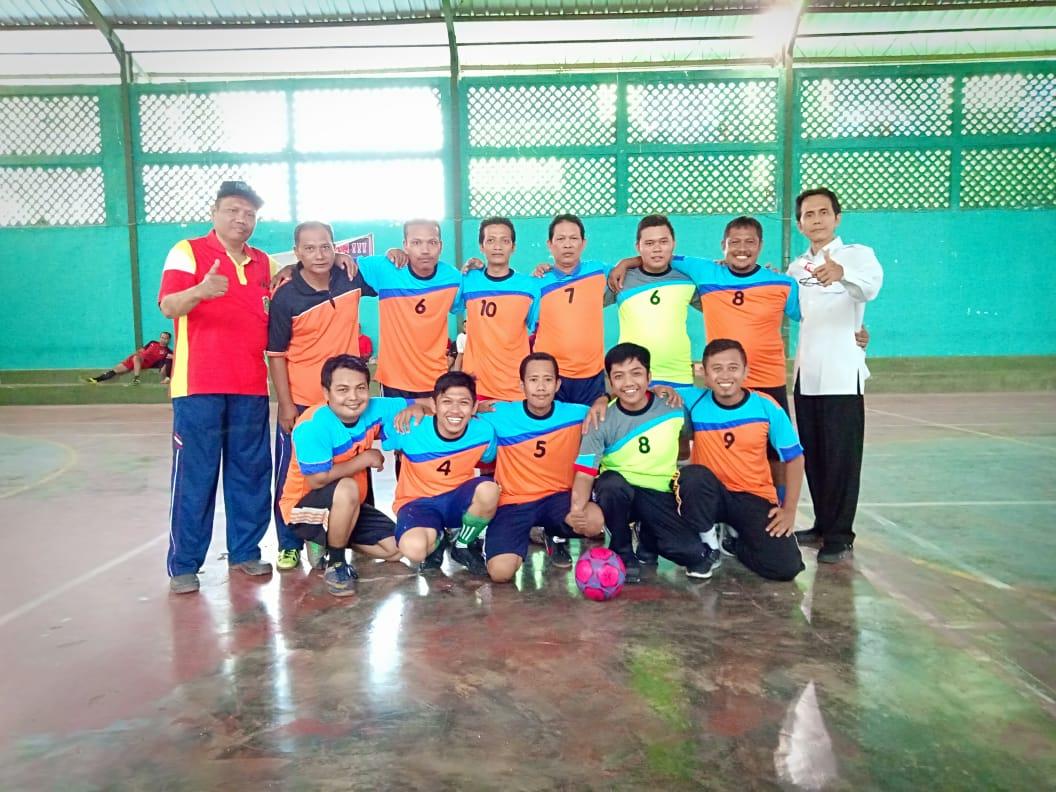 Tim Futsal MIN 2 Kota Madiun Juara III Lomba Futsal Hab Kemenag Ke-73