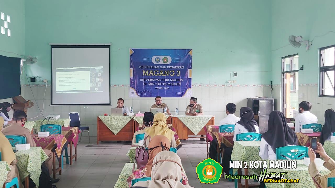Penyerahan Mahasiswa Magang III UNIPMA Tahun 2020 di MIN 2 Kota Madiun