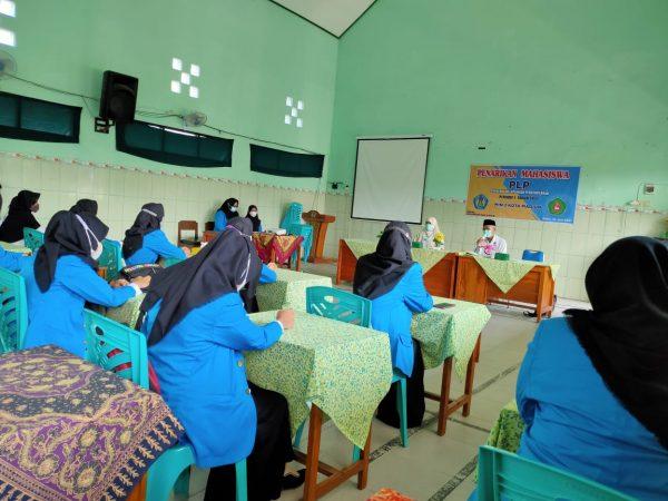 MIN 2 Kota Madiun Serahkan Kembali Mahasiswa PLP Universitas PGRI Madiun